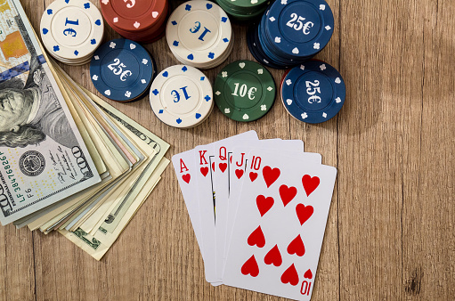Amazing guide to play poker game